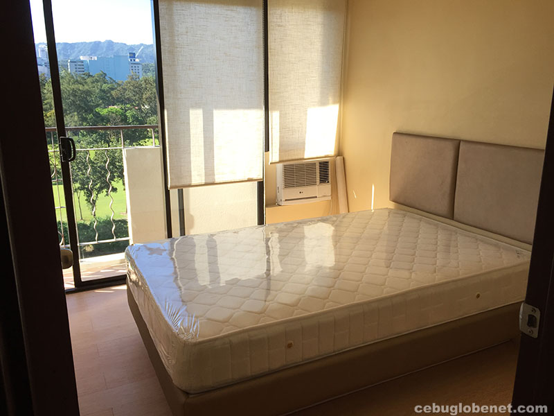 condo unit 2 bedroom for rent one oasis