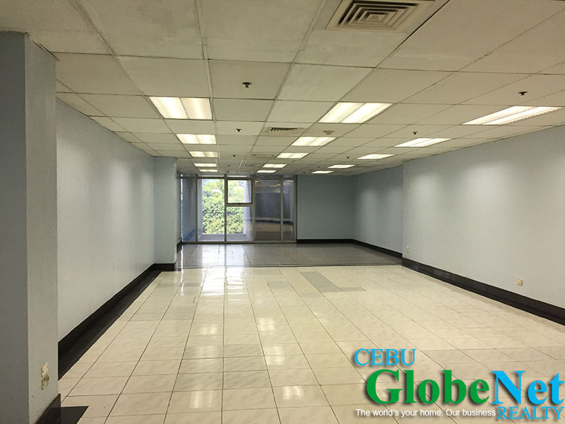 102 sqm office space